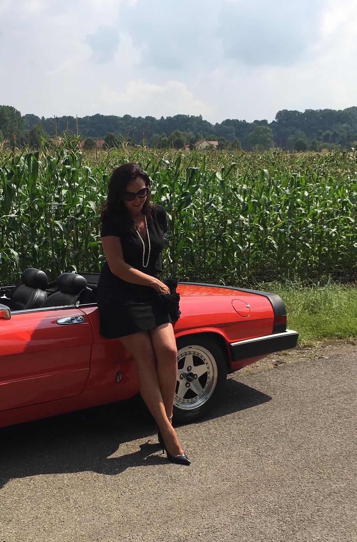 Prada dress, prada sunglasses, eyewear, style, woman, car, alpha romeo, cabrio, pearls, red,
