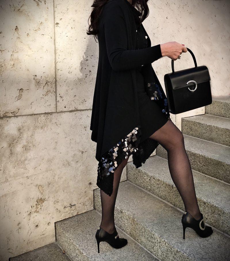 Dolcegabbana, dolce and gabbana, gucci, cartier, leoprint, eyewearfashion, cartier bag, dolce & gabbana, ageless style, fashionblog, gucci shoes, wolford, legfashion