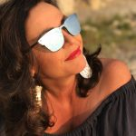 Ichi, See by Chloé, Prada, Ray Ban, Marac Jacobs, Fashion for Ladies, ageless style, no age, trendy, fashionista, Mode, Damenmode, Bekleidung, off shoulder, offshoulder, jeans, denim