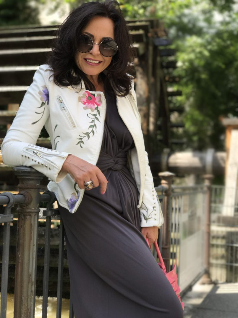 Fly moda, Manuela Fumagalli, Jumpsuit, valentino red, valentino, Marc Jacobs, fashionblog, ladies fashion, eyewear, eyeweartrend, shades, designer, Barbara Bui, Summerlook