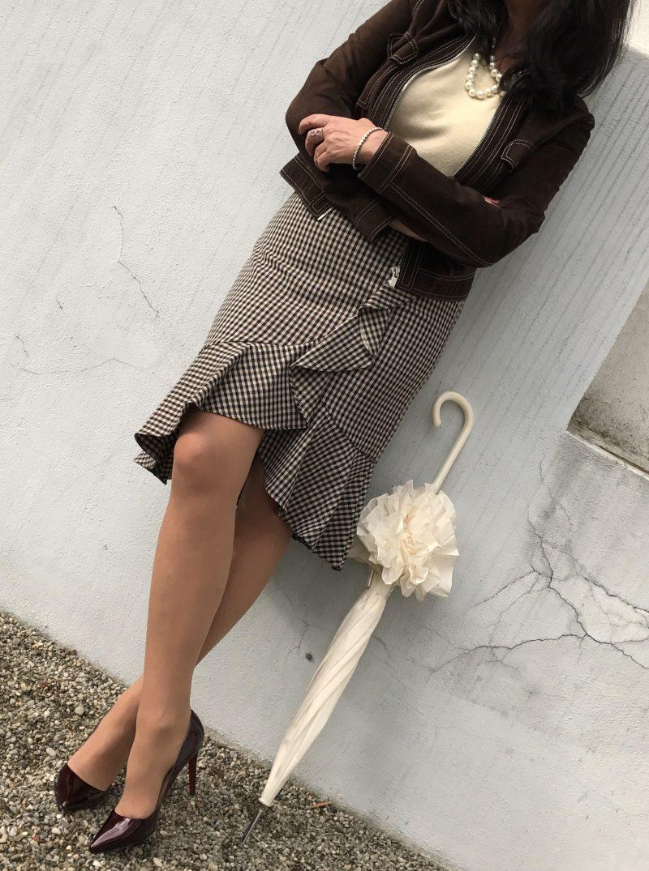HUGO, Boss woman, Dolce and Gabbana, Streetstyle, Louboutin, Louboutin in public, cashmere, ageless style, ageless fashion, Fashionblog Augsburg, influencer, bestage, eyewear