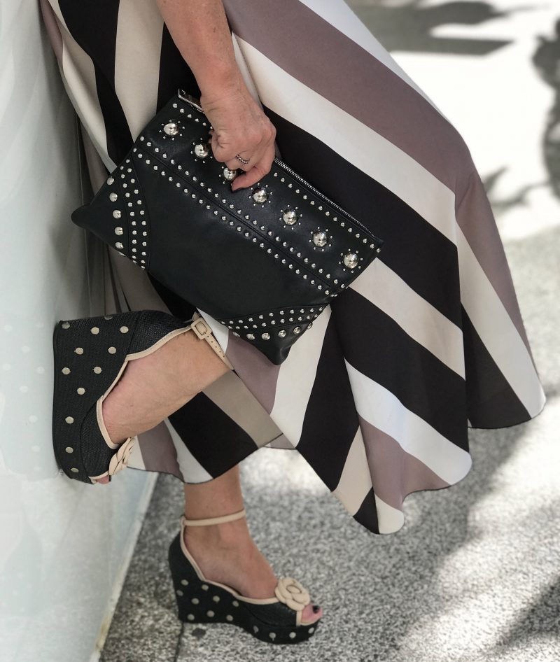 Dior shades, eyewearfashion, Lumina skirt, Prada bag, polka dot sandals, ageless style, fashion for ladies, stripes, long skirt, Fashionblog Augsburg