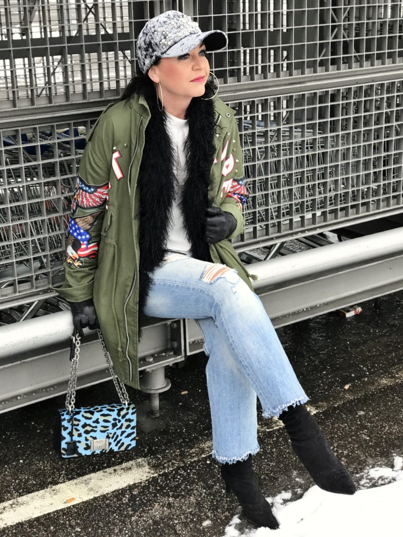 Leoprint Prada Bag, Nevada Love, Zara Jeans, Ideenreich Fashion, Caparrini boots, Style for Ladies, ageless fashion, Fashionblog Augsburg, Bekleidung, Damenmode, Modeblogger, streetchic, streetstyle, winteroutfit, bestage,