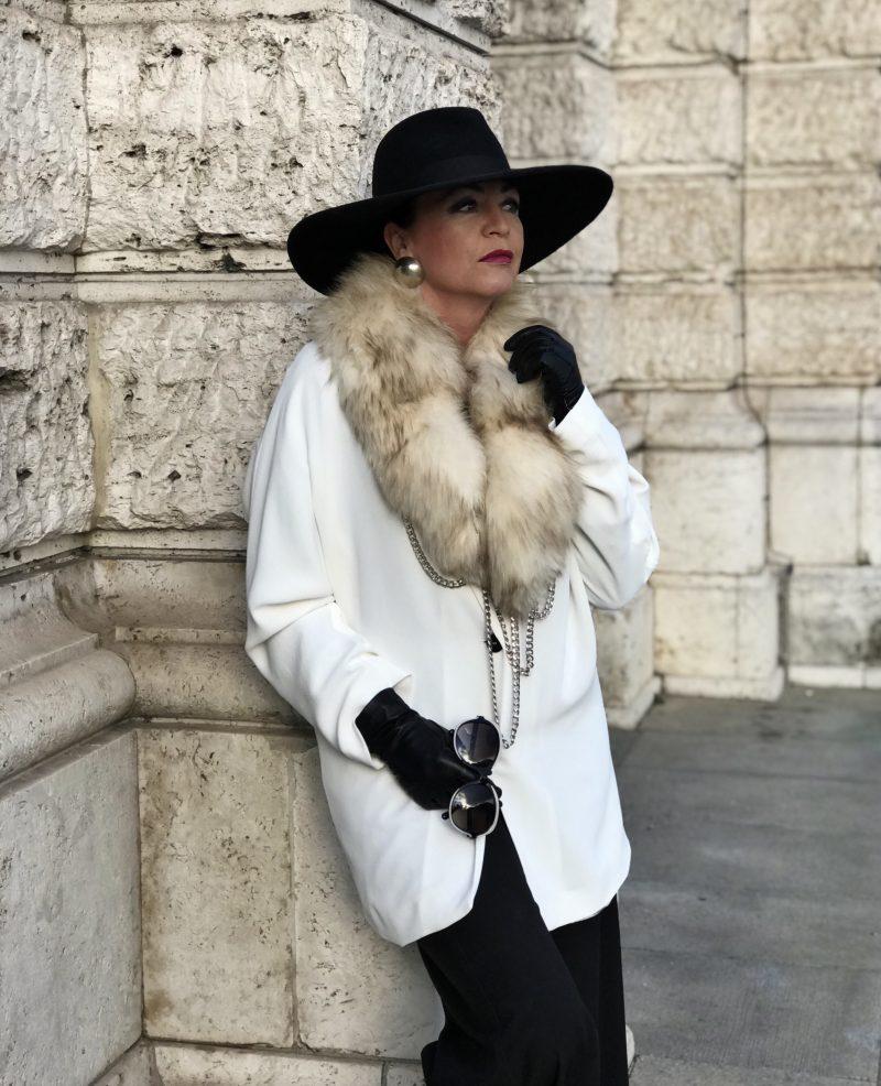 Chanel Shades, Cuffs Anastasia, Zara hat, Mango Jacket and pants, Lea-Gu shoes, Streetchic, elegant style for ladies, ageless style, Bekleidung, Damenmode, Fashionblog Augsburg