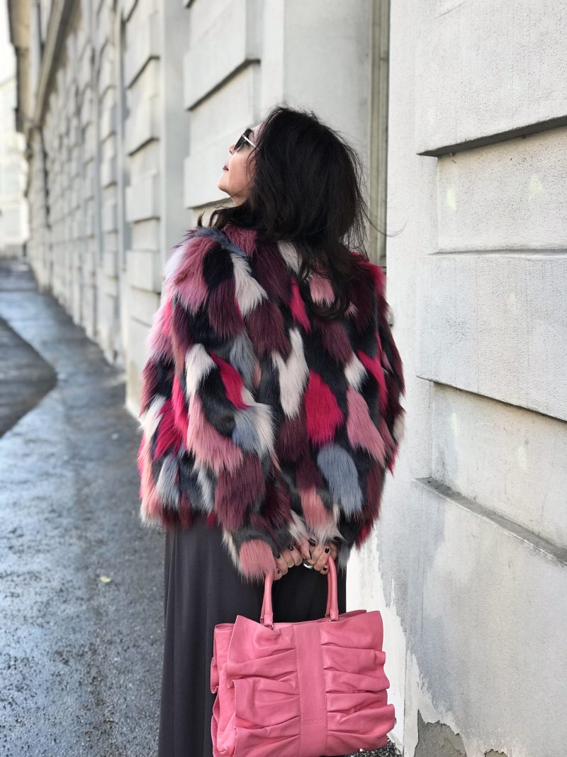 Patchwork Jacket Oui Fashion, Jumpsuit Manuela Fumagalli, Shades Dior, Bag RED Valentino, Fashion for Ladies, ageless style, Bekleidung, Damenmode, Streetwear, streetfashion, streetstyle for winter, winteroutfit, fashion inspiration