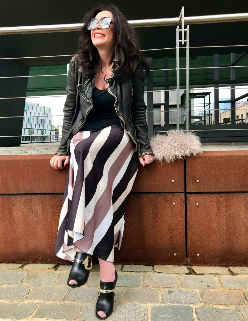 YSL shades, Blumarine Bag, Patago Jackert, Lumina Skirt, Gucci shoes, ageless style, fashion for ladies, bestage, styleranking, eyewearblogger, eyewearfashion, bloggerstyle, streetchic, streetfashion, Damenmode, Bekleidung, Voguecafe, cityfashionblogger