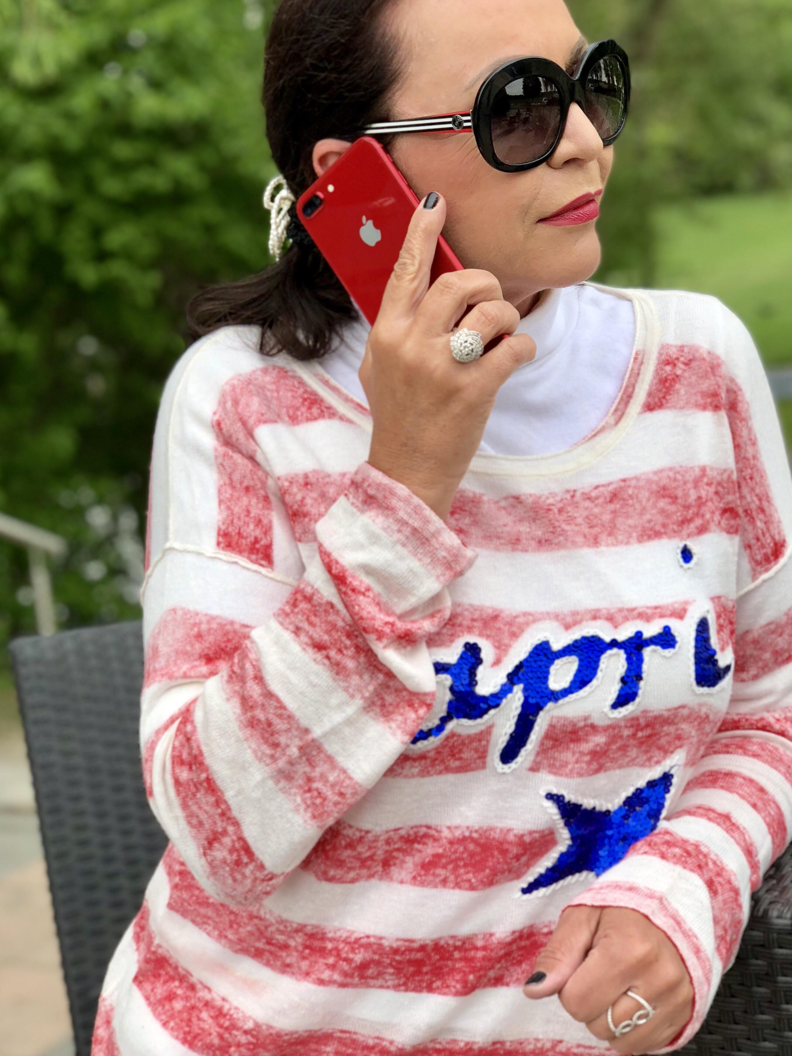 Grace sweater meets apple