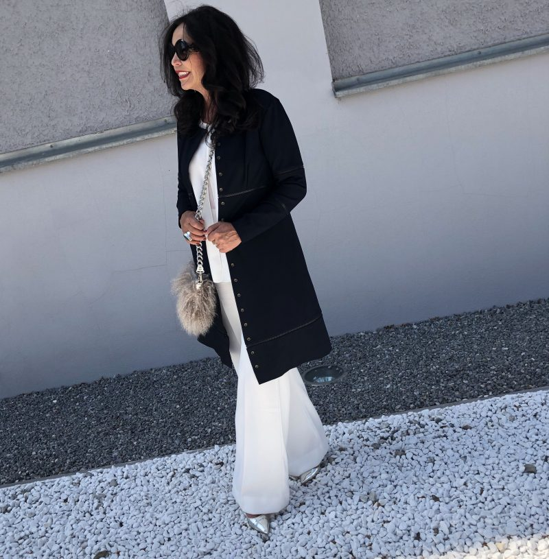 Simpledress by Tanja Hall, ladies fashion, ageless style, fashionlover, classy style, bestage fashion, blogpost, eyewearblogger, Prada bag, Blumarine bag, Jimmy Choo, Nine West, Dolce Gabbana, Chanel, eyewearfashion, Damenbekleidung, Damenmode, Zipper, mystyle