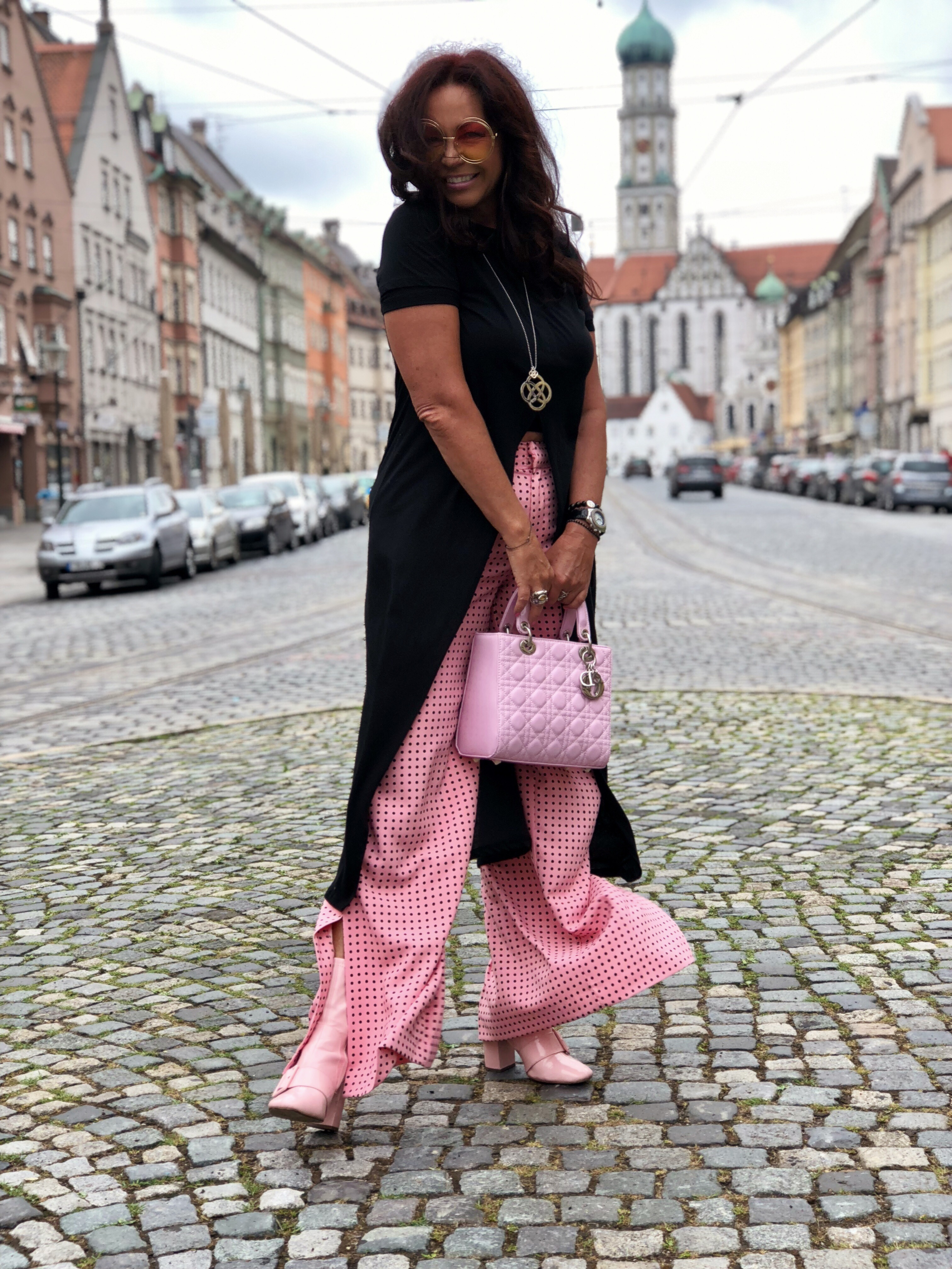 Pink Zara pants with polka dots, Zara Top, Dior Bag, Asos Boots, Chloe Sunglasses, Style for Ladies, ageless fashion, bestage, mystyle, fashionblogger, Fashionblog Augsburg, Bekleidung, Modeblogger, streetchic, streetstyle