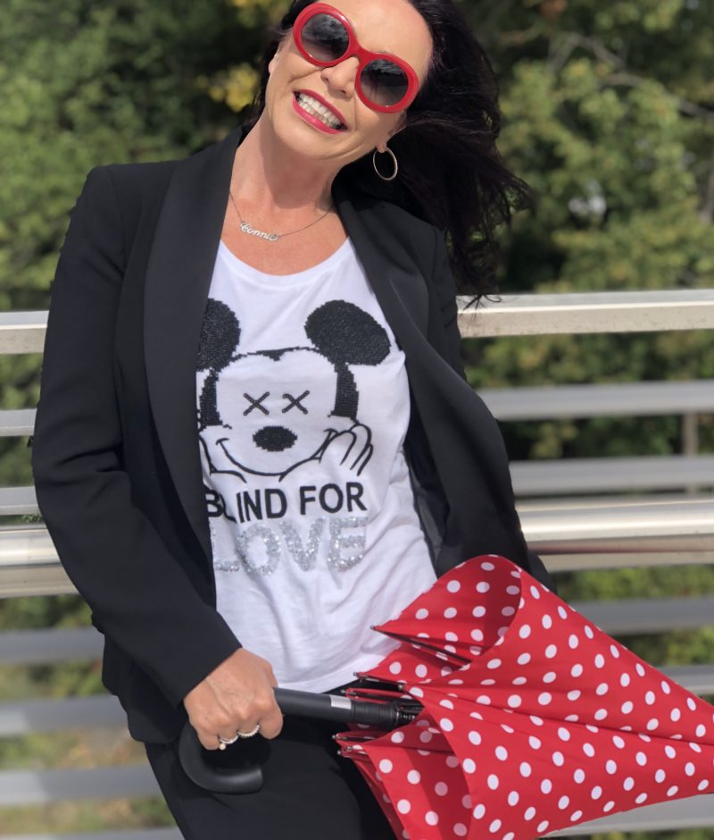 Mickey Mouse Shirt by Grace, Annette Görtz pants, Vans, Dolce & Gabbana bag, Chanel Shades, eyewear, designerwear, styleatanyage, bestage, ageless fashion, Fashionblog Augsburg, Bekleidung