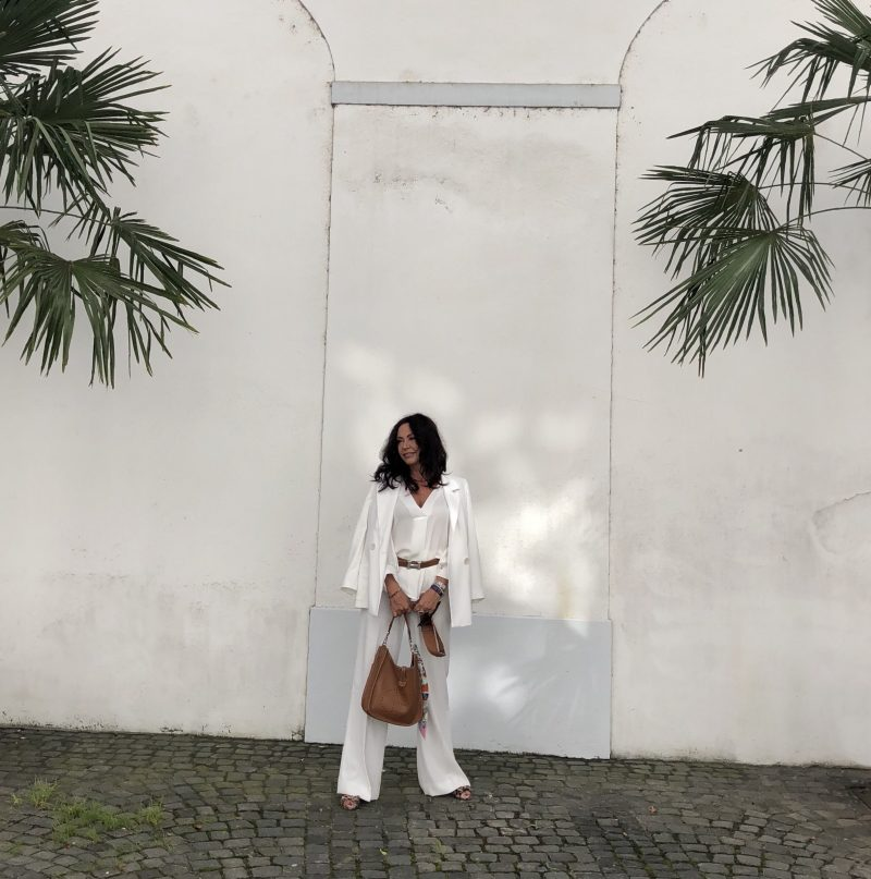 Hermès bag, brown and white look, Zara Suit and Top, summerlook, voguestyle, bestage style, style at any age, Fashionblog Augsburg, Coeur de Lion Jewelry, Bekleidung, Damenmode, streetchic