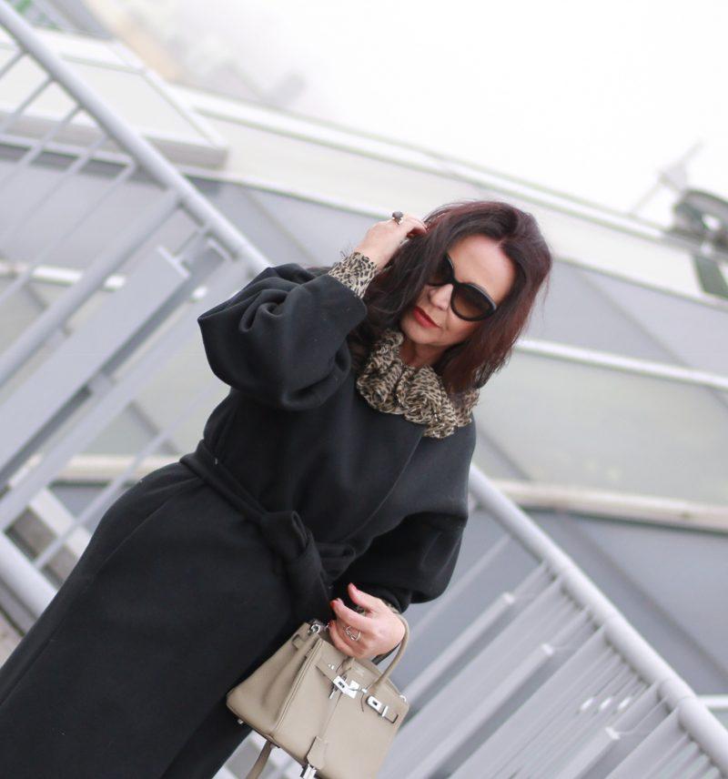 Hermès meets YSL, Prada sunglasses, Prada shoes, Mango coat, YSL blouse, leoprint, fashionweek, pfw, styleinspiration, ageless fashion, fashionblog Augsburg, ageless style, bestage, fall outfit, fashionblogger, over50