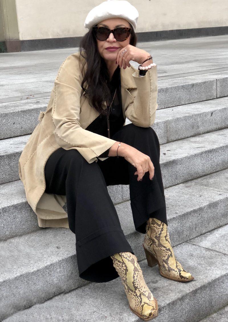 Streetstyle meets Schumacher, beret, Annette Goertz pants, Mango coat, Stuart Weitzmann boots, snakeprint, leaf jewelry, streetchic, ageless fashion, bestage, eyewearfashion, Dolce & Gabbana, Fashionblog Augsburg, Gucci belt