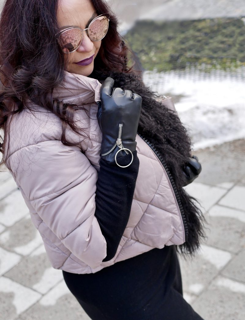 Quilted jacket, Rapsodia di Nero, italian fashion, mystyle, over50, modeblogger, Lodenfrey Scarf, Nine West shoes, Calzedonia stockings, Givenchy bag, Dior glasses, Fashionblog Augsburg, over50blogger, ageless fashion