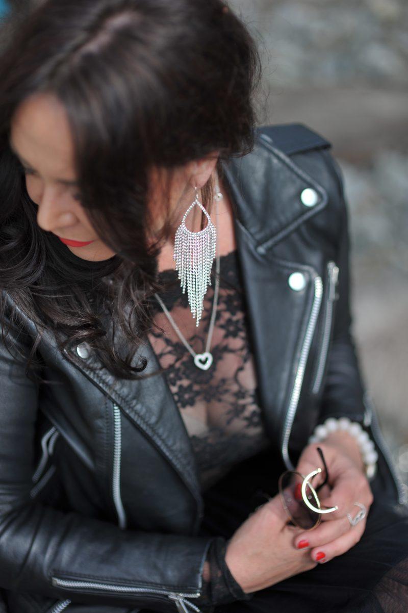 Joie Clair skirt, Mango leather jacket, Calzedonia socks, Lipsy London shoes, Prada shades, jewelryblogger, bestage, Fashionblog Augsburg, mystyle, over50blogger, bloggerstyle, Rinasciemento, lace top, fashionphotography, fashionblogger, modeblogger, streetstyle, streetfashion