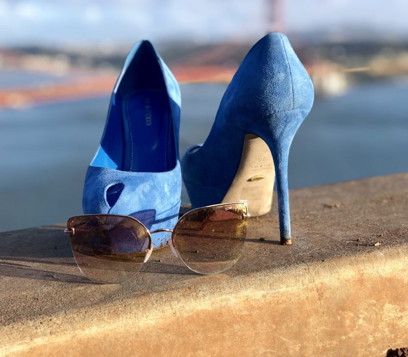 Blue dress, Italian fashion, Zara pants, Sergio Rossi heels, Tom Ford shades, eyewearblogger, Fashionblog over 50, shoelover, streetstyle, streetwear, fashion for ladies, modeblogger, over50blogger, Paisley, eyewear design, bloggerstyle, style for ladies