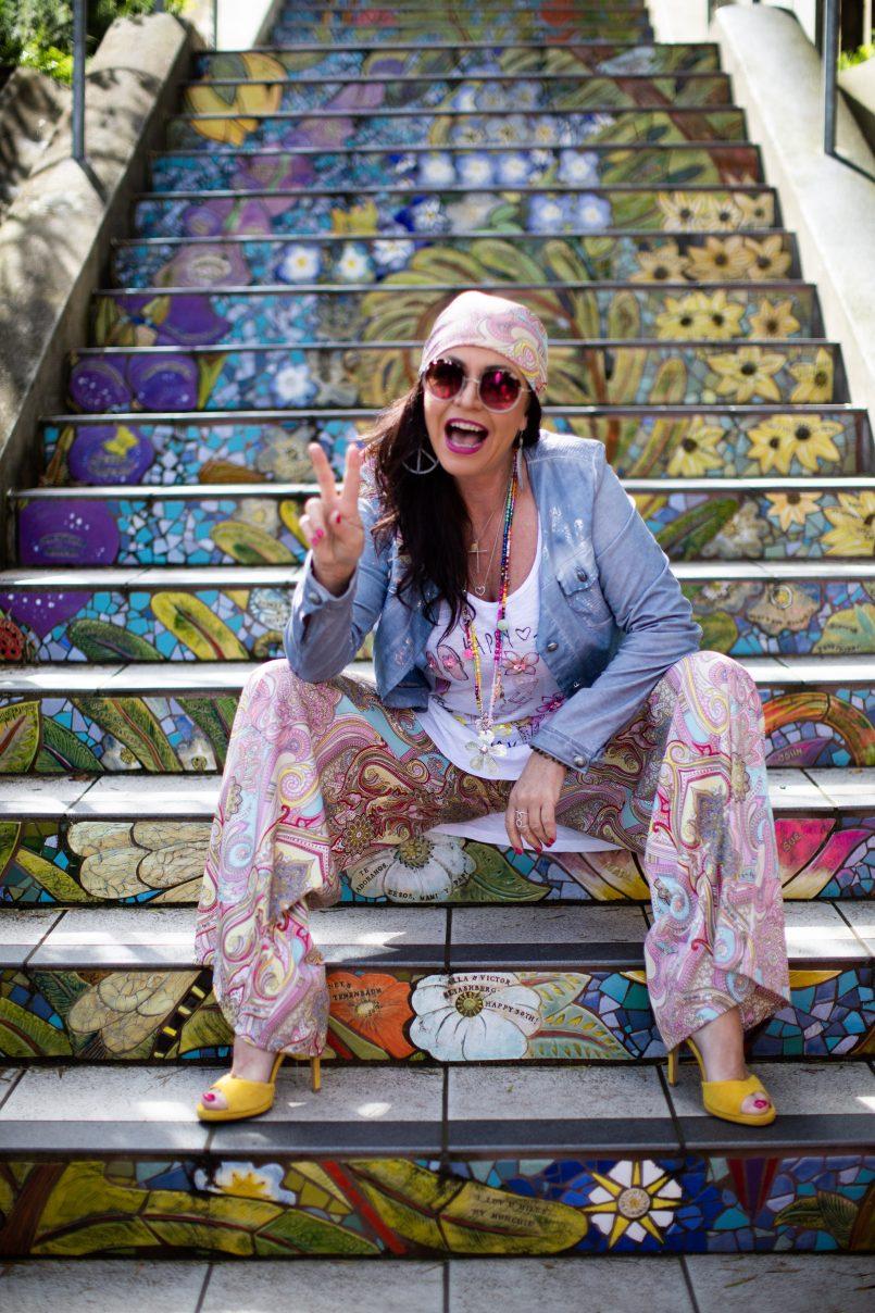 Etnia Barcelona shades, Grace Fashion top, Lanidor scarf and pants, Isabella Larusso shoes, flower power, hippie style, over50, fashion for ladies, Fashionblog Augsburg, streetstyle, streetfashion San Francisco, effortless chic, eyewearblogger, eyewearfashion, trends, fashionweek