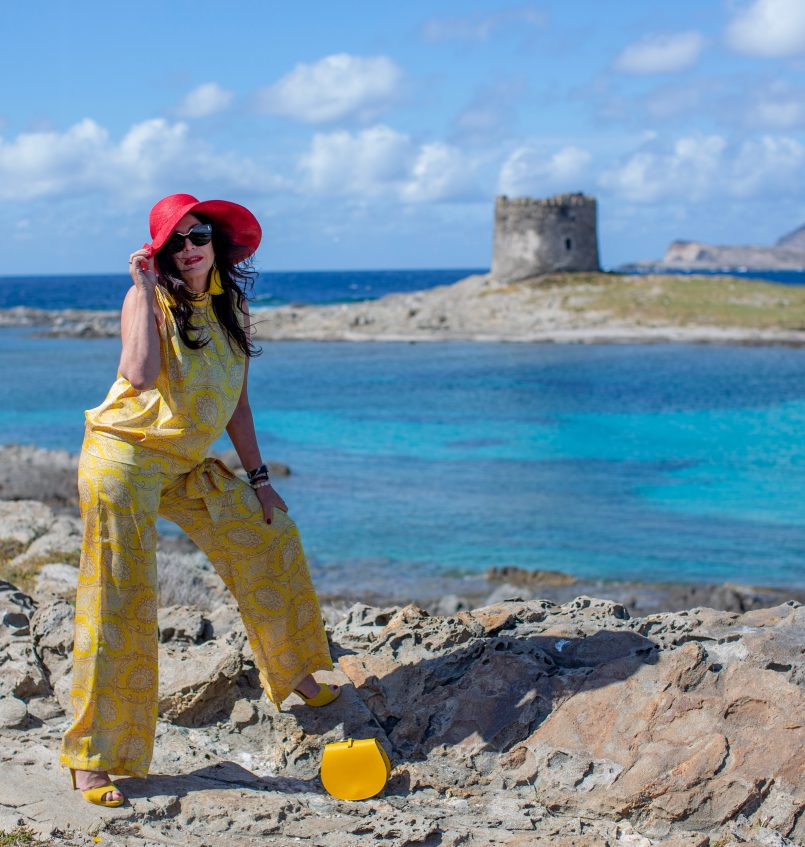 Paisley in yellow, suit, Ana Alcazar, beach wear, summerlook, italian fashion, style for ladies, summerstyle, ,palazzo pants, Damenmode, Fashionblog Augsburg, over 50, over50woman, summer2019, trends, fashionblogger, 50plus, eyewearfashion, designerwear, Isabella Lorusso shoes, cochastyle