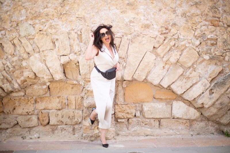 Jumpsuit from Rinascimento, Beltbag Valentino, Prada shoes, designer shades, Italian Fashion, mystyle, over50blogger, modeblogger, fashion for ladies, Fashionblog Augsburg, cochastyle, streetwear, streetstyle, summerlook, 50plus