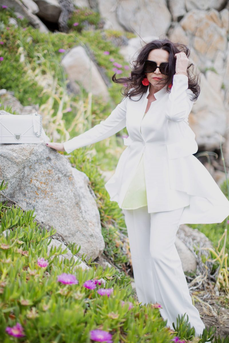 How to style a white suit, Rinascimento jacket, Zara pants, Vestopazzo hat, Dior bag, statement earrings, Zara boots, fashion for ladies, bestage, over50, Hüte,, hatlover, eyewearblotter, jewelryblogger, trends2019, cochastyle