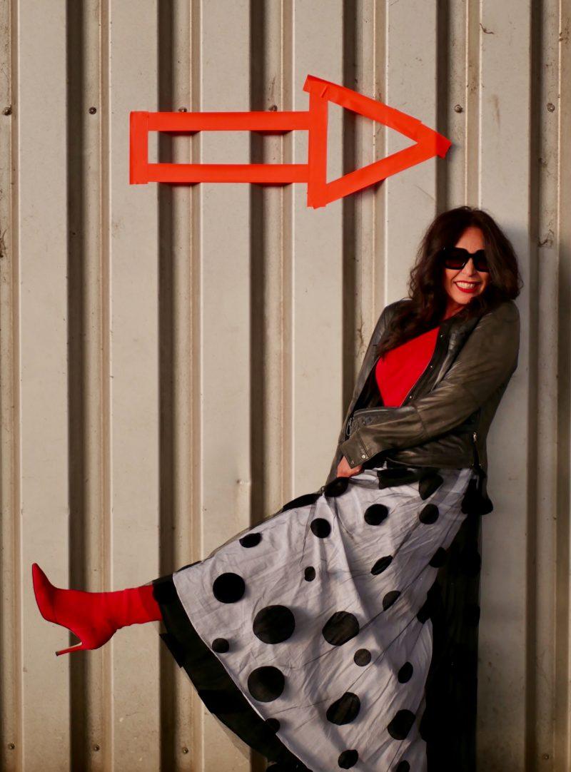 Tull skirt with polka dots Asos, Valentino beltbag,, Kenneth Cole jacket, leather jacket, maxi skirt, designer wear, Burberry shades, eyewearblogger, mystyle, over50, 50plusfashion, ageless, ageless style, tull, Tüllrock, cochastyle, Fashionblog Augsburg