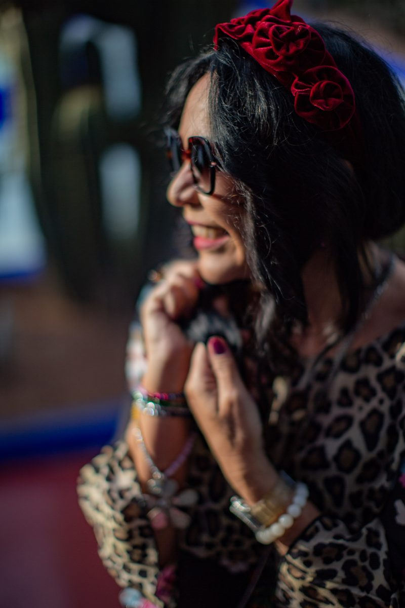 Grace Fashion, Flower print, Leo print, Hair style, colors, trend 2019, fall 2019, fashionblogger, ageless fashion, style for ladies, mystyle, effortlesschic, eyewearblogger, Caroline Abrahm, necklace, jewelryblogger, Fashionblog Augsburg, bloggerlife, travel and fashion