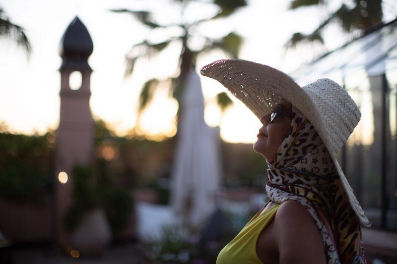 Asos dress, Louis Vuitton scarf, Abendkleid, Hut, style for ladies, hatlover, Acessoires, Fashionblogger, Abendmode, streetstyle, style inspiration, munichblogger, elegance, evening style, Louis Vuitton in public