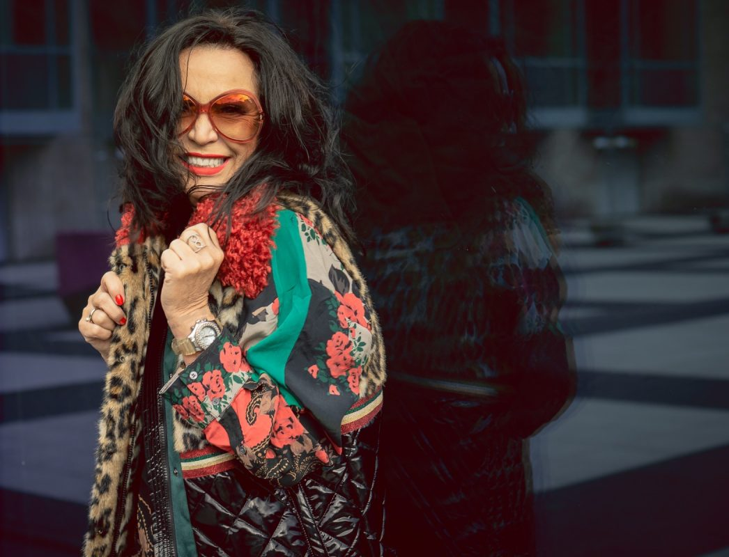 Yippie Hippie Style, Top and Vest Yippie Hippie, Tom Ford shades, eyewearblogger, streetstyle, stylish fashion, fall outfit, mystyle, jewelryblogger, style for ladies, over50, 50plusandfaboulus, fashionphotography, fashion and travel, ageless fashion, ageless style, colors, leoprint