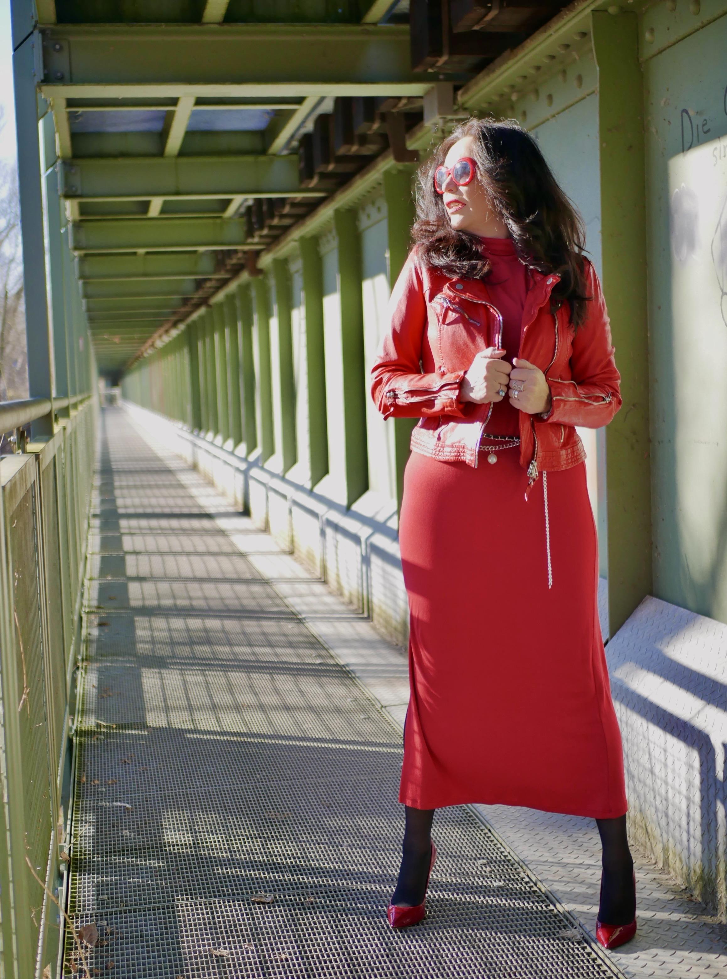 Freaky Nation Jacket, red dress Mango, Chanel belt, Chanel shades, Nine West shoes, mystyle, ageless fashion, streetstyle, streetfashion, style for ladies, red look, fashionblog Augsburg, cochastyle, Lederjacke