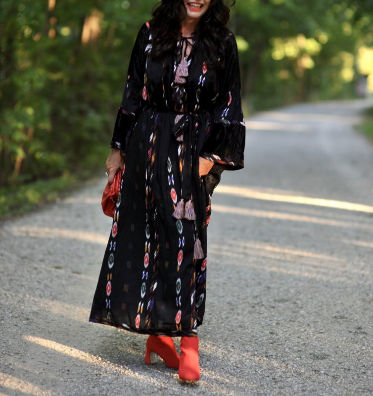 Miss June Dress, Morgantini boots, Feelhoo hat, Modafeinstore Starnberg, Streetstyle, boho, boho dress, maxi dress, streetfashion, Holiday look, Fashionblog Augsburg, mystyle, over50, bestage, cochastyle