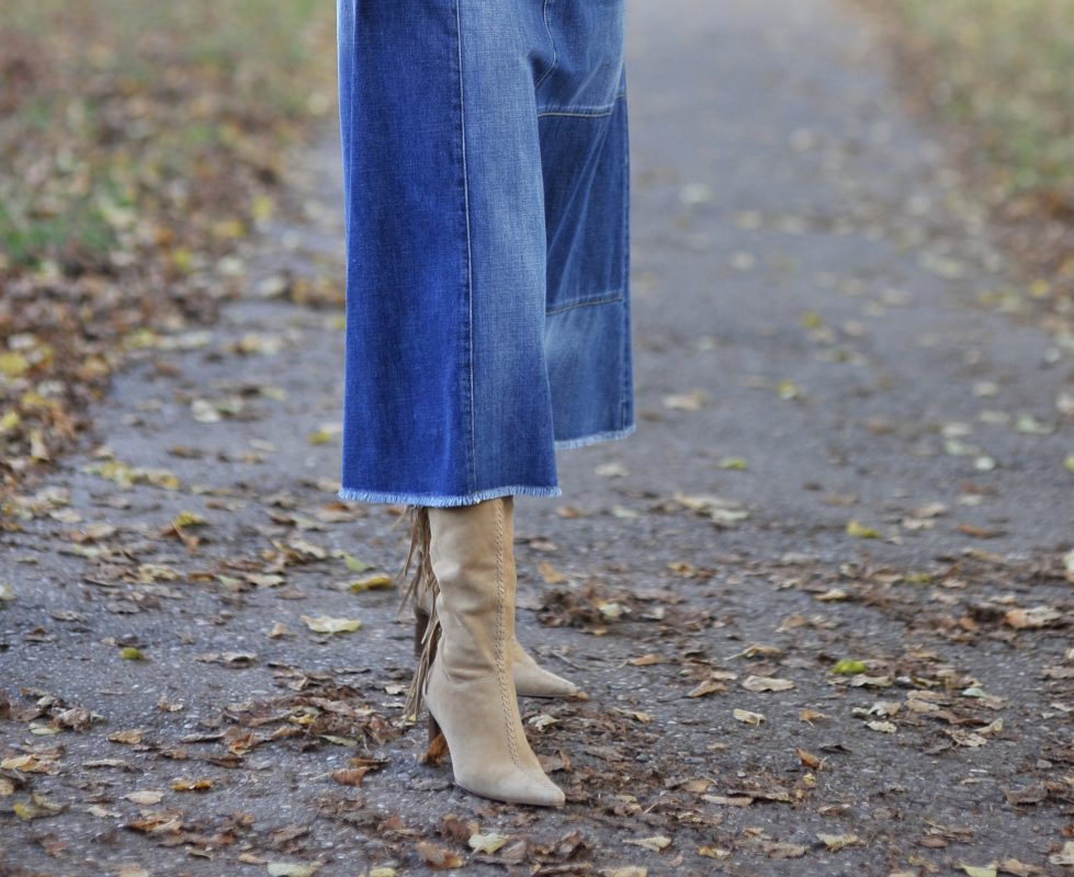 Jeans all over, Jeans skirt Calvin Klein, Jeans Skirt Sfizio, Jacket Mango, Shades Tom Ford, mystyle, ageless fashion, ageless style, ladies fashion, fall outfit, streetstyle, denim, Jeanslook, stylish look, Herbstmode, Fashionblog Augsburg, over 50, cochastyle