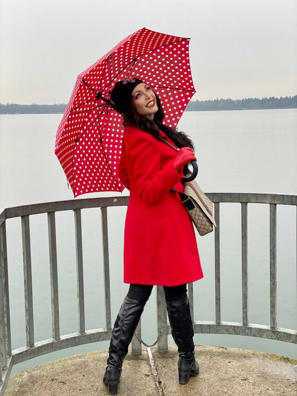 Red coat Rinascimento, umbrella, fall outfit, Gucci bag, hat,