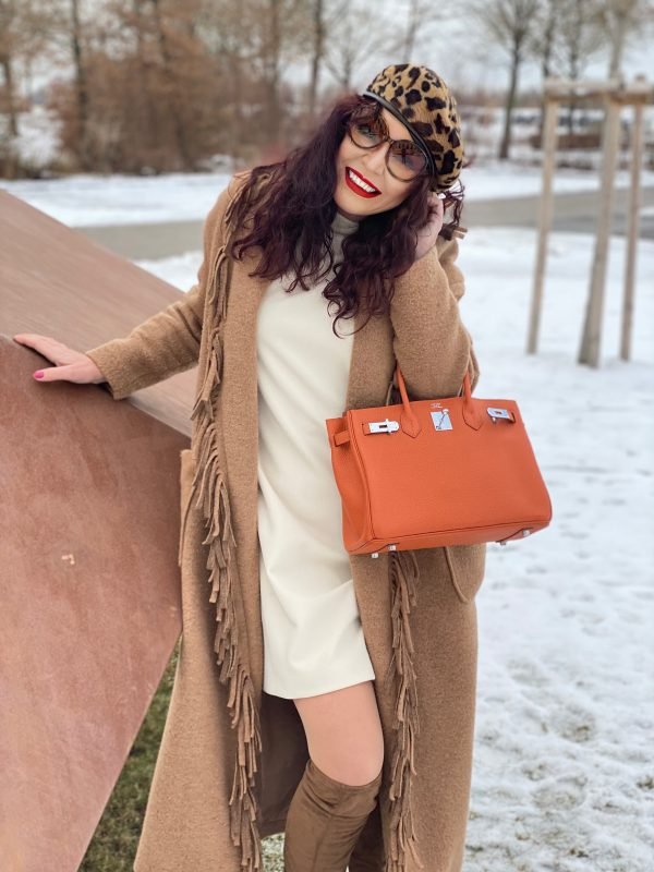 Coat with Fringes Made in Italy, Hermes bag, Leoprint cap, Ana Alcazar dress, Gucci shades, ageless fashion, mystyle, over50, ageless, timeless style, winteroutfit, streetstyle, streetfashion, streetwear, winterwear, cochastyle