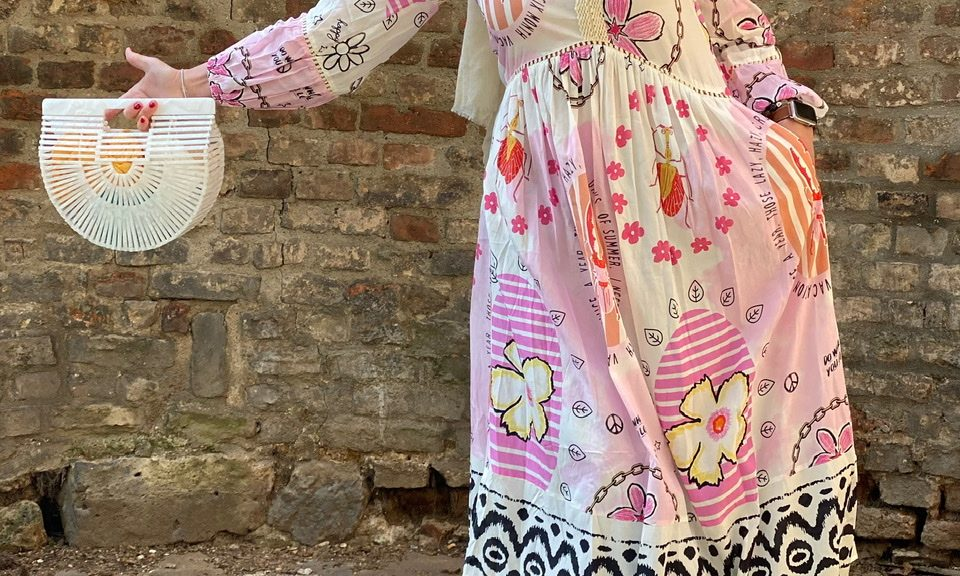 Hippie Style Grace Fashion, Grace dress, Cult Gaia bag, Chloe shades, Codello scarf, mystyle, spring 2021, style for Ladies, print, flower power, dress lover, colors, happy fashion, Fashionblog Augsburg, ageless fashion, ageless style, cochastyle