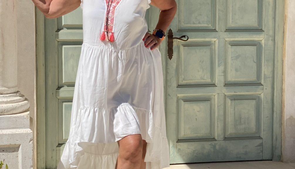 Summerlook, Massmann Mode Kleid, Seeberger Hut, Hutliebe, Sommerkleid, Sommerlook, Summervibes, Holiday look, Ferien, Strohhut, Accessoires, mystyle, Hermes bag, ageless, ageless fashion, ageless style, Fashionblog Augsburg, Cochastyle